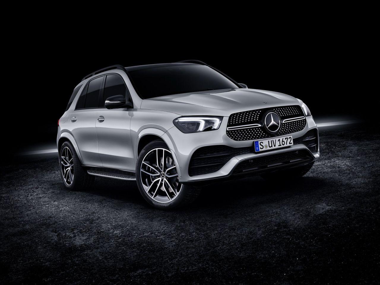 Hibrit ve V8 buluşması; 2020 Mercedes-Benz GLE 580 - Page 1