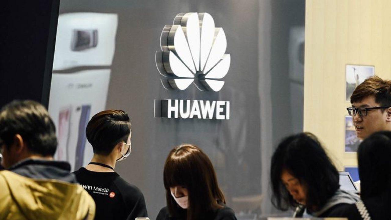 Çinliler iPhone'u bırakıp Huawei alıyor!
