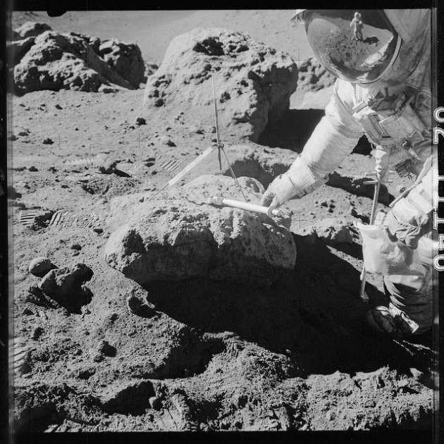 NASA bilinmeyen Ay fotoğraflarını yayınladı! - Page 2