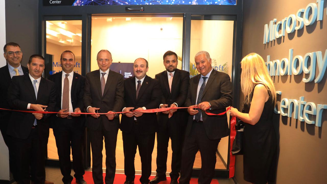 Microsoft Teknoloji Merkezi açıldı