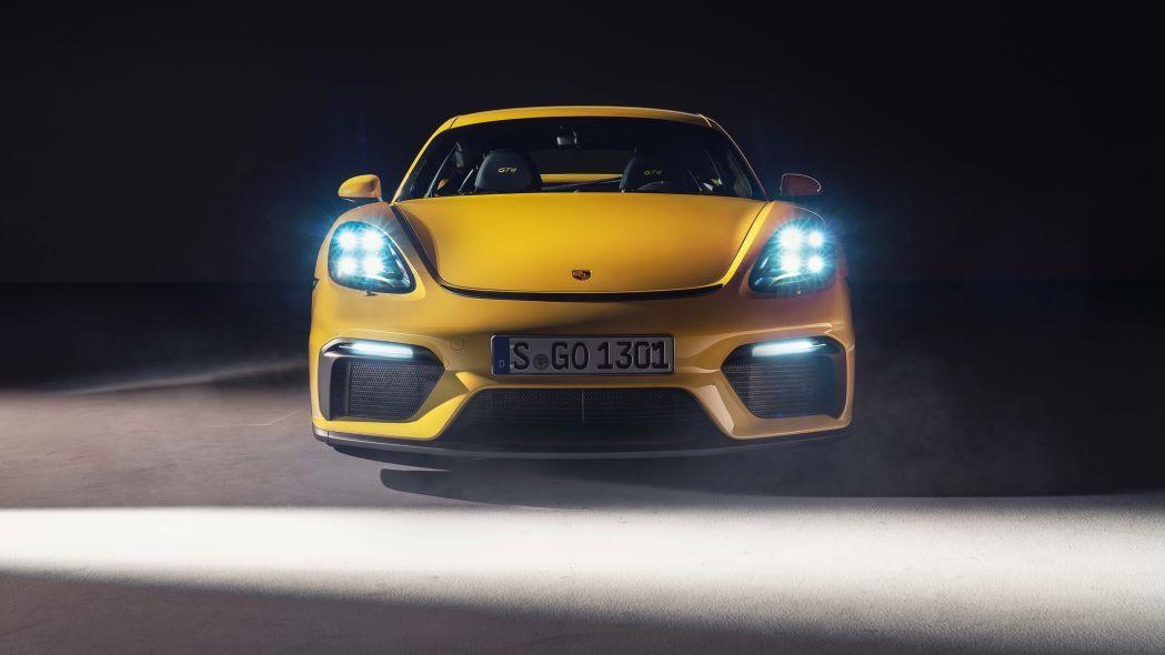 2020 Porsche 718 şimdi daha güçlü - Page 1
