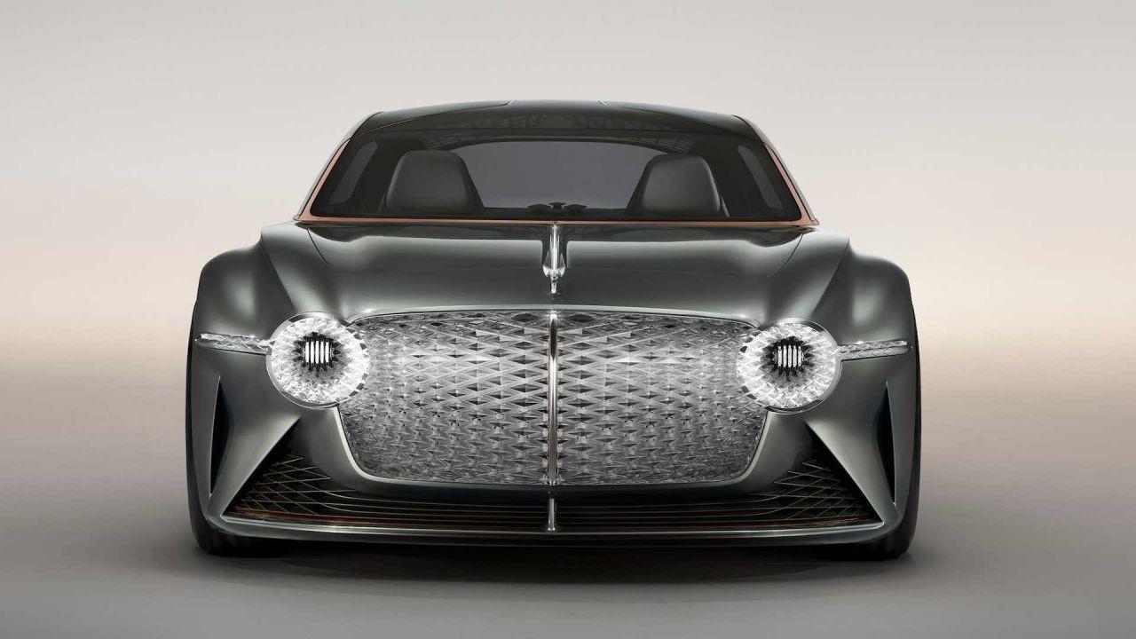 100. yıl için özel tasarım Bentley EXP 100 GT - Page 1