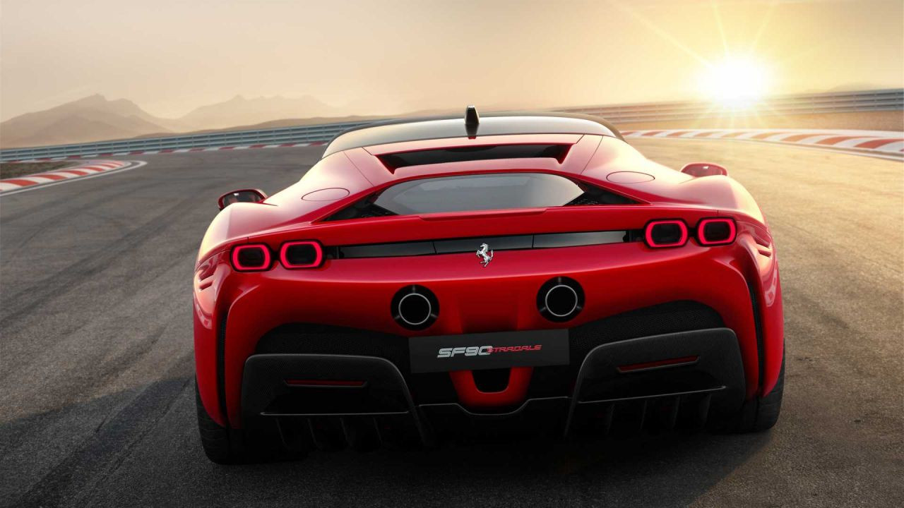 Ferrari SF90 Stardale kendini gösterdi - Page 2