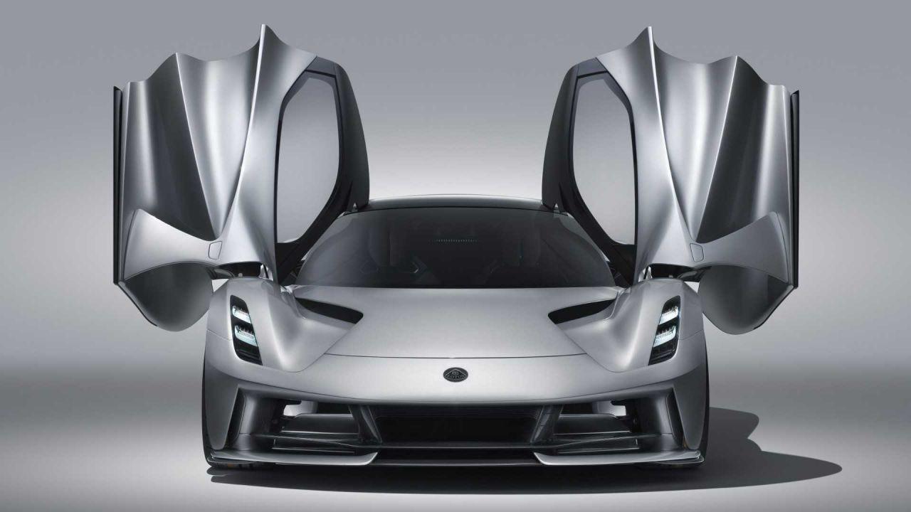 Lotus elektrikli otomobili Evija'yı tanıttı - Page 4