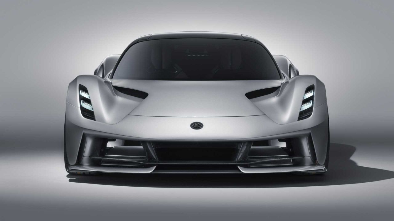 Lotus elektrikli otomobili Evija'yı tanıttı - Page 1