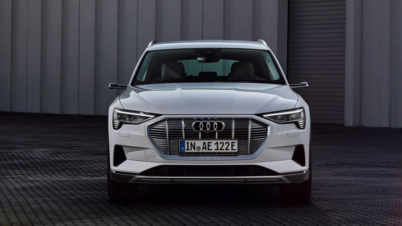 Audi E-tron 50 Quattro modeli tanıtıldı - Page 1
