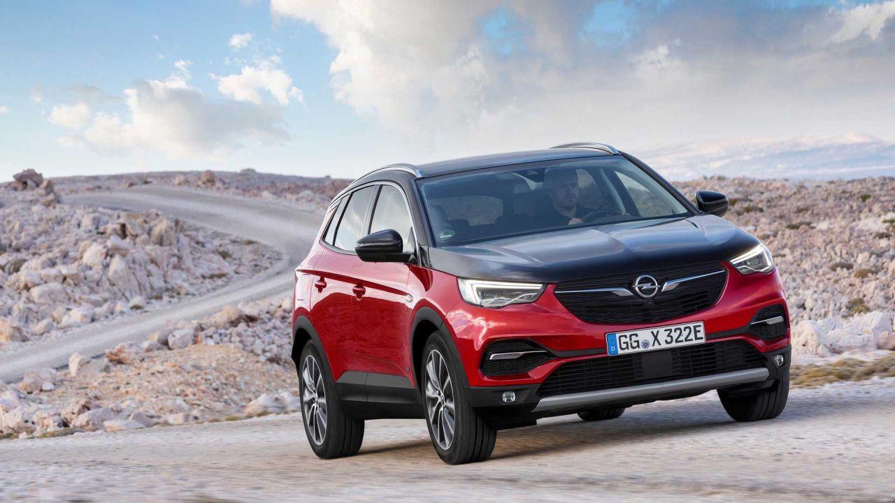 Opel'in hibrit SUV modeli: Opel Grandland X Plug-In Hybrid4 - Page 2