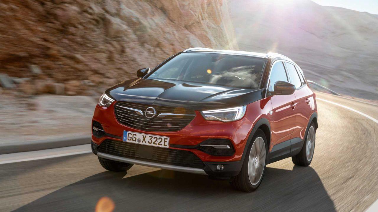 Opel'in hibrit SUV modeli: Opel Grandland X Plug-In Hybrid4 - Page 1