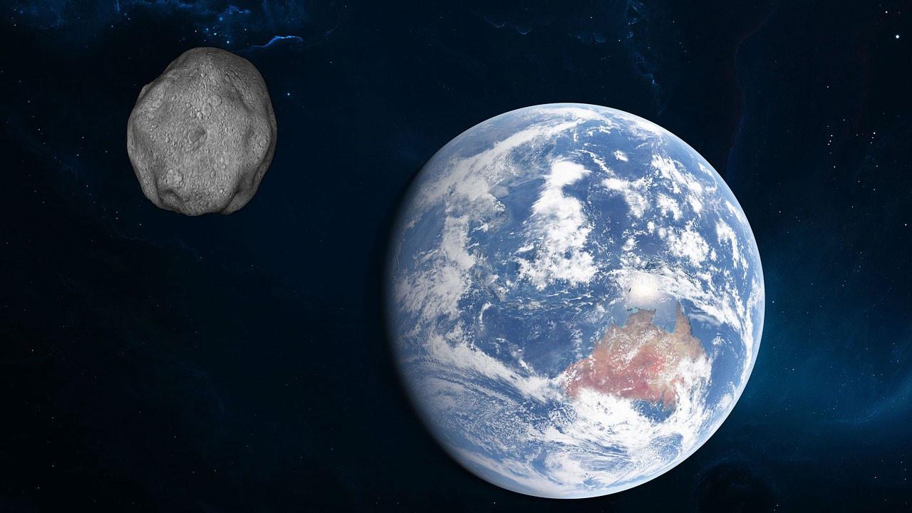 Dev bir asteroid Dünya'ya yaklaşıyor