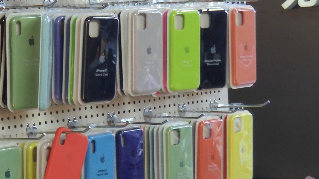 iPhone 11 kılıfları ortaya çıktı