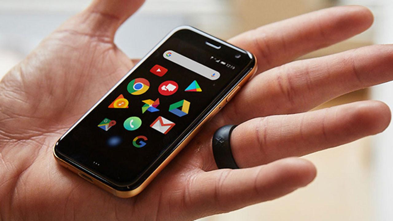 Minik akıllı telefon Palm'in Türkiye fiyatı belli oldu