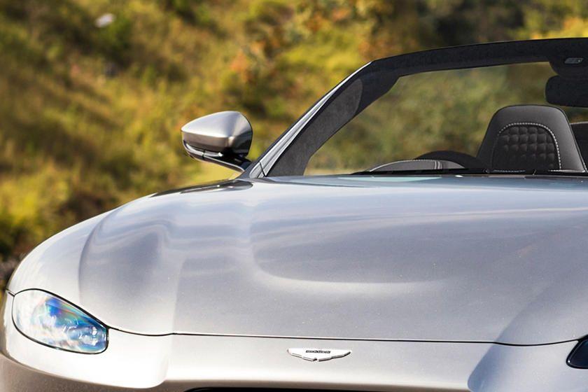 Aston Martin Vantage Roadster ortaya çıktı! - Page 1