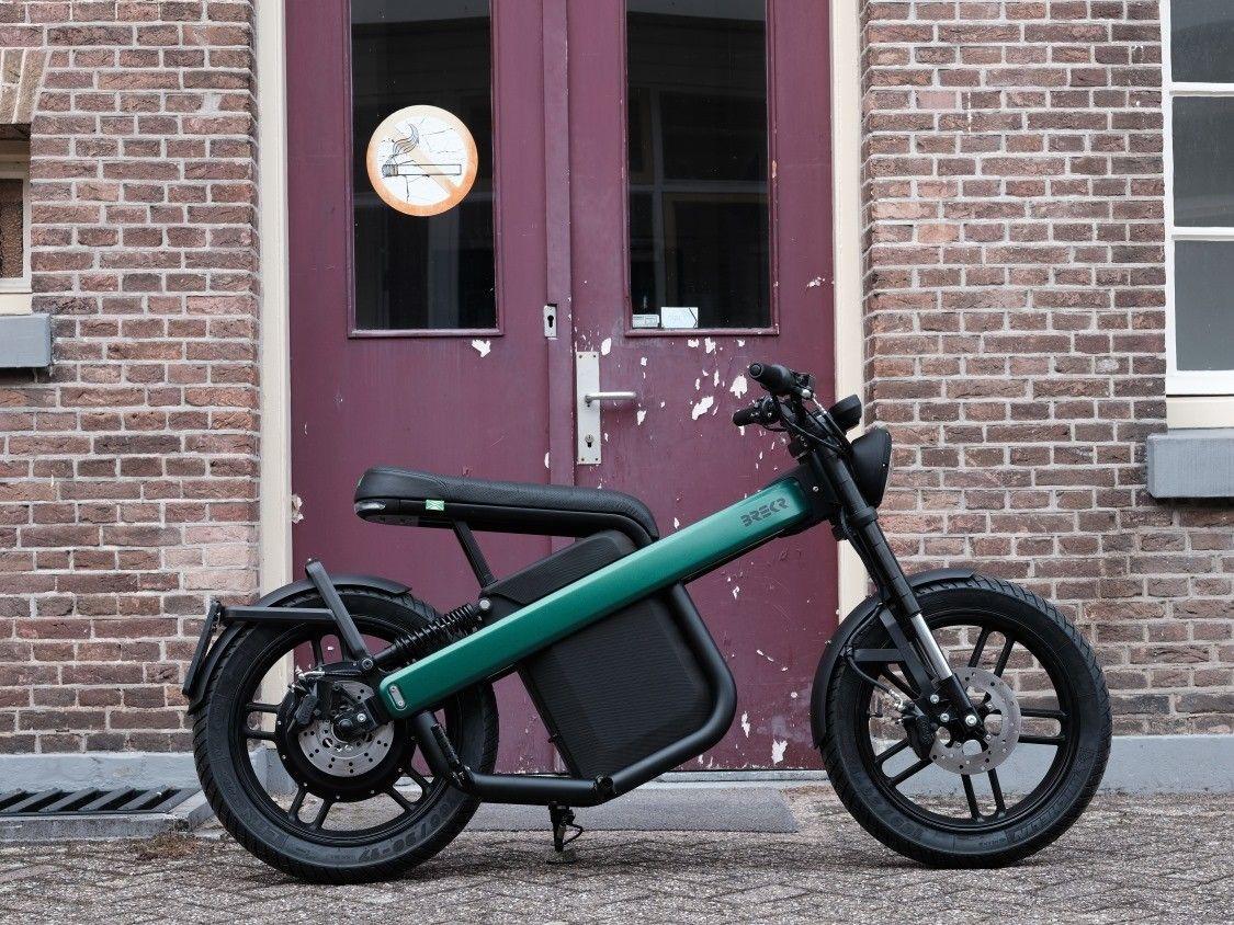 160 km menzilli elektrikli motosiklet: Brekr Model B - Page 3