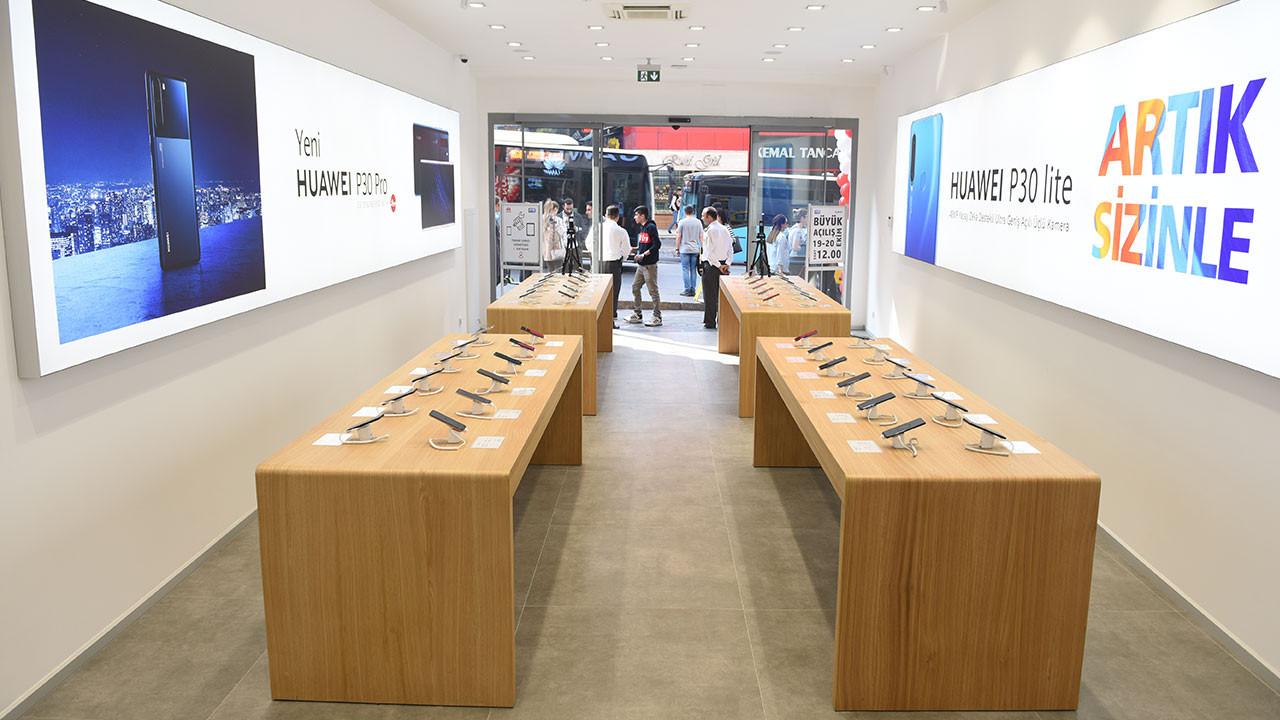 Huawei Kadıköy Servis Merkezi hizmet sunmaya başladı