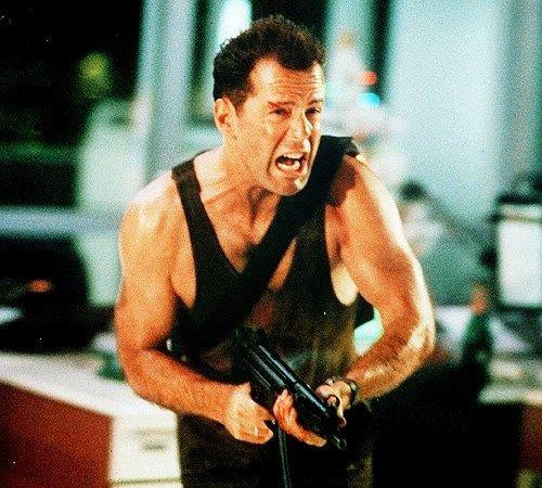 En iyi Bruce Willis filmleri! - Page 3