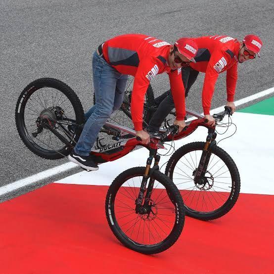 Ducati üç yeni elektrikli bisiklet modelini tanıttı - Page 1
