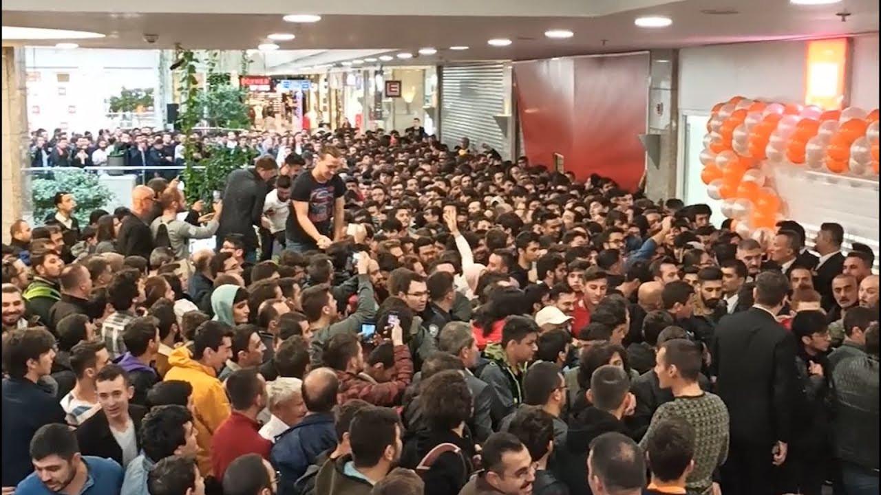 Xiaomi'nin Ankara'daki mağaza açılışı iptal edildi!