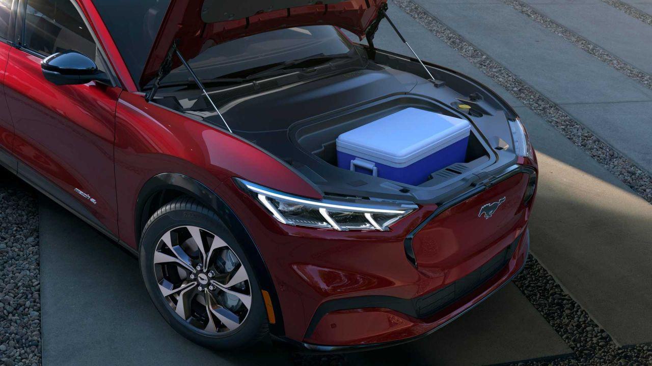 Ford Mustang elektrikli SUV Mach-E tanıtıldı! - Page 4