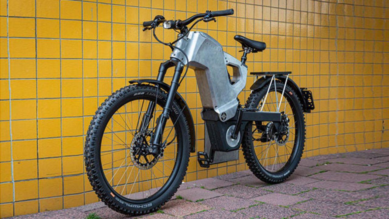Tank konseptli elektrikli bisiklet: Trefecta RDR - Page 1