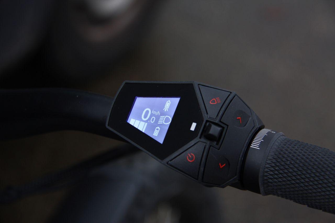 Tank konseptli elektrikli bisiklet: Trefecta RDR - Page 3