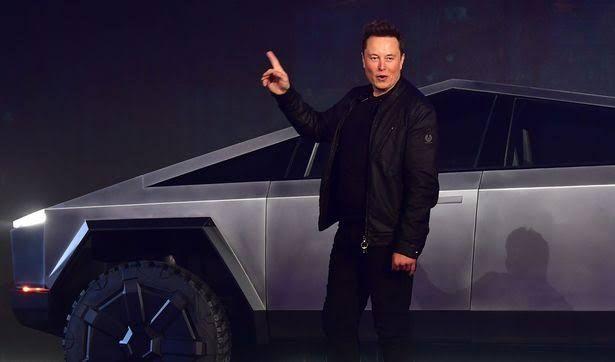İşte Tesla'nın ilk elektrikli pick-up aracı 'Cybertruck'! - Page 1