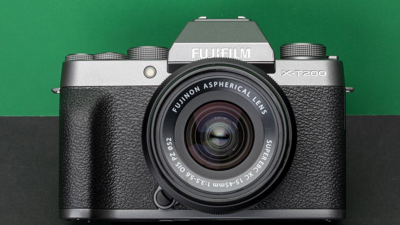 Fujifilm X-T200 tanıtıldı
