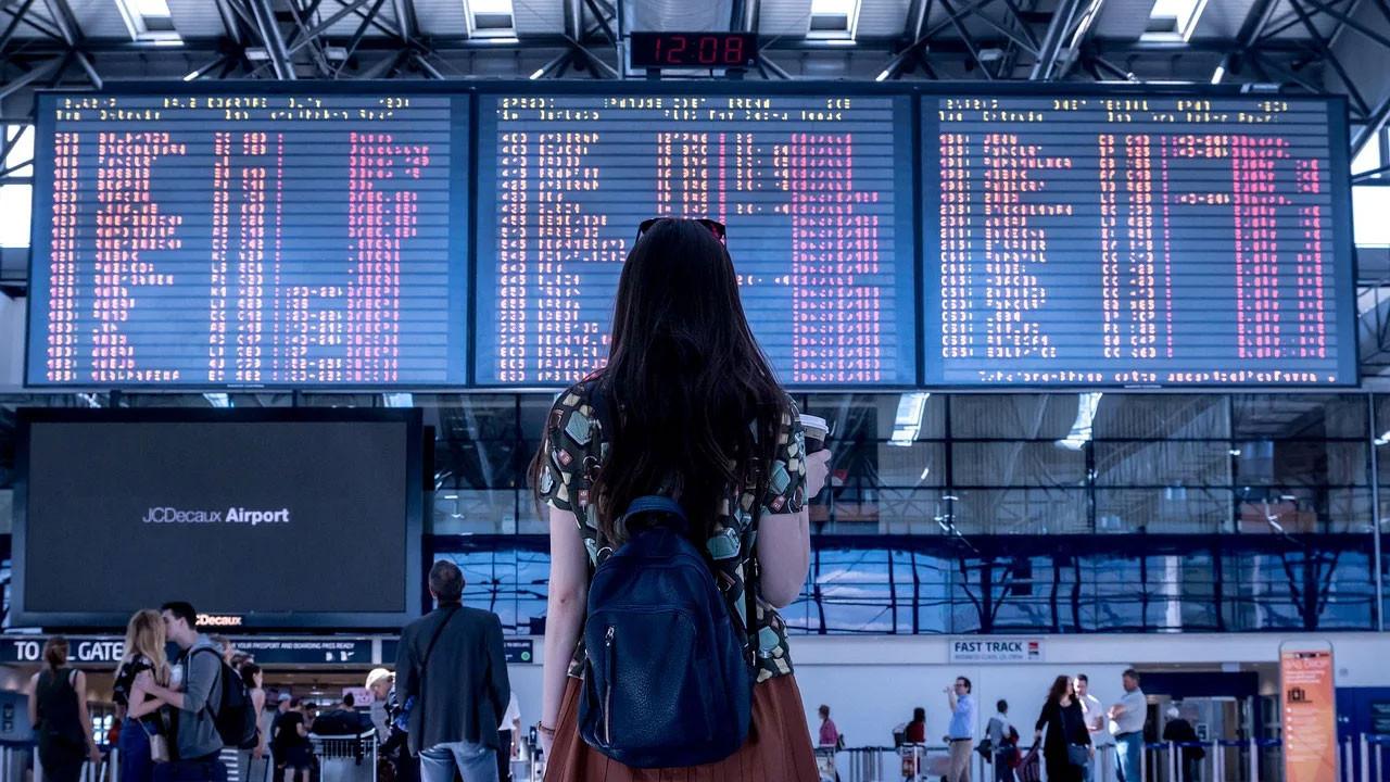 Çin'den gelen bütün uçuşlar durduruluyor