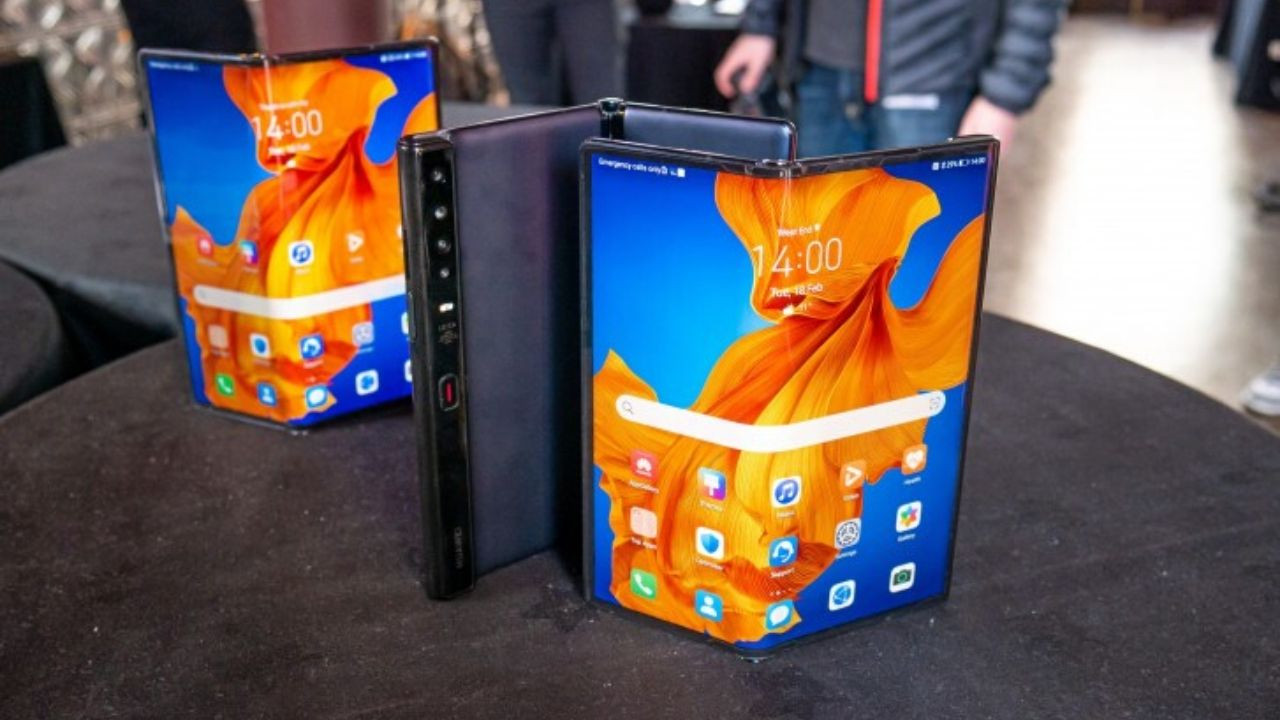 Katlanabilir ekranlı Huawei Mate Xs tanıtıldı! İşte özellikleri!