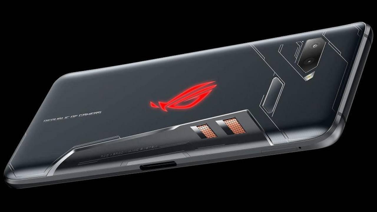 16 GB RAM'li telefon! Asus ROG Phone 3 çıkış tarihi belli oldu!