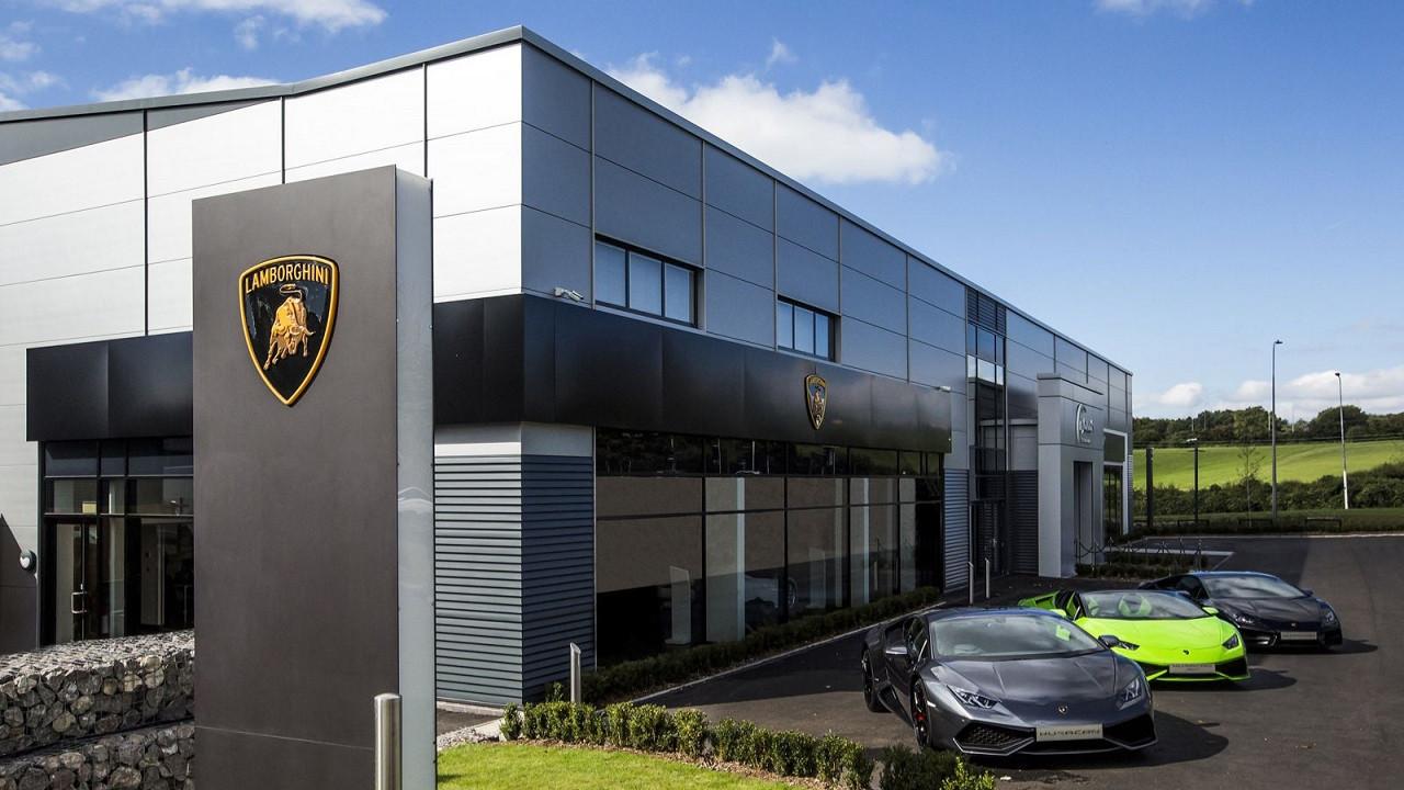 Lamborghini koronavirüs nedeniyle üretimi durdurdu!