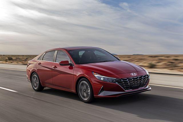 Yeni Hyundai Elantra tanıtıldı! İşte özellikleri! - Page 3