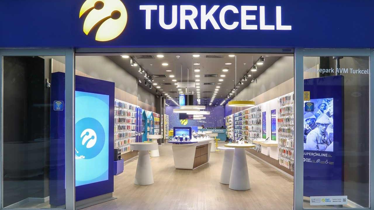 Turkcell, Türk Telekom ve Vodafone AVM'lerdeki mağazalarını kapattı