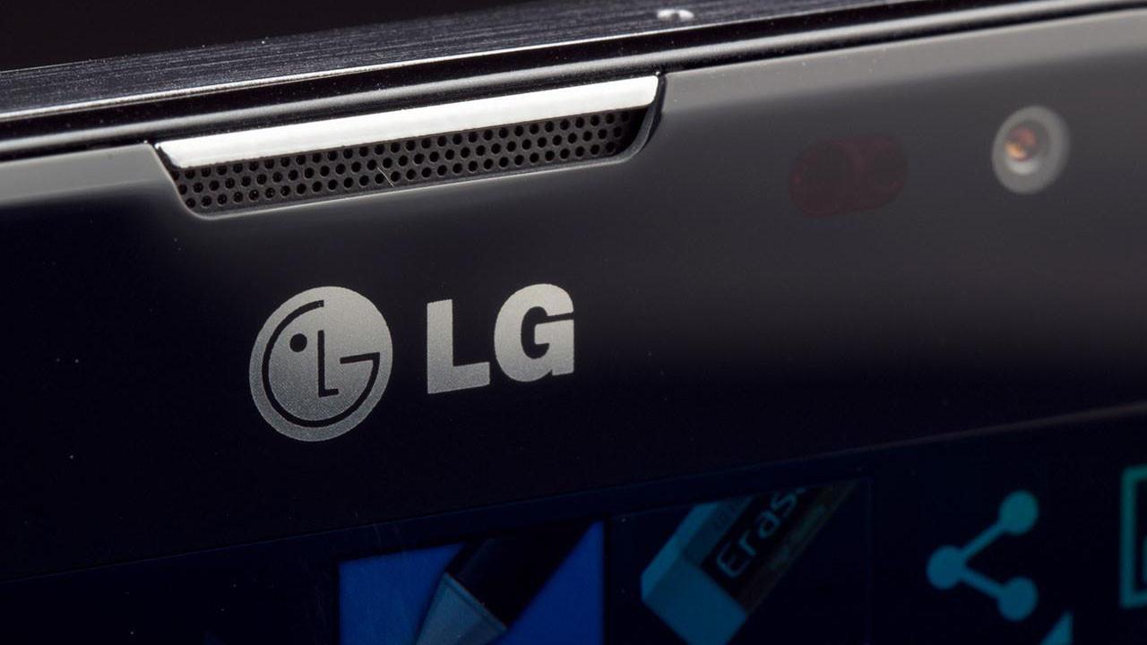 Uygun fiyatlı LG K31 özellikleri ile şaşırttı!