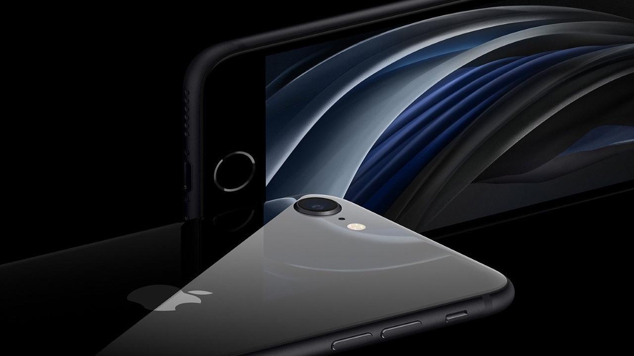 Xiaomi CEO'su iPhone kullanıyor! Ortalık karışacak!
