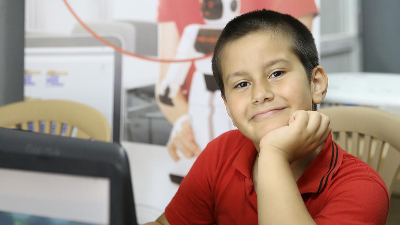 Vodafone'un eğitime desteği sürüyor