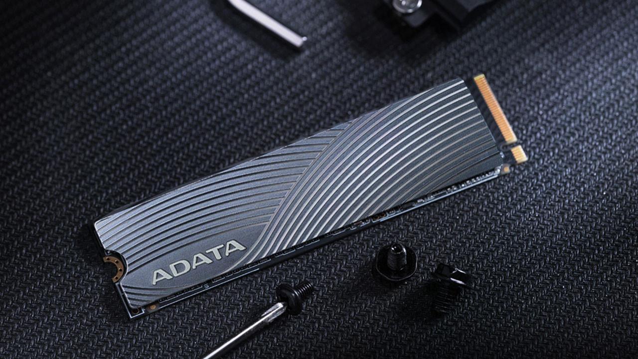 ADATA'dan İki Yeni M.2 SSD Modeli: FALCON ve SWORDFISH