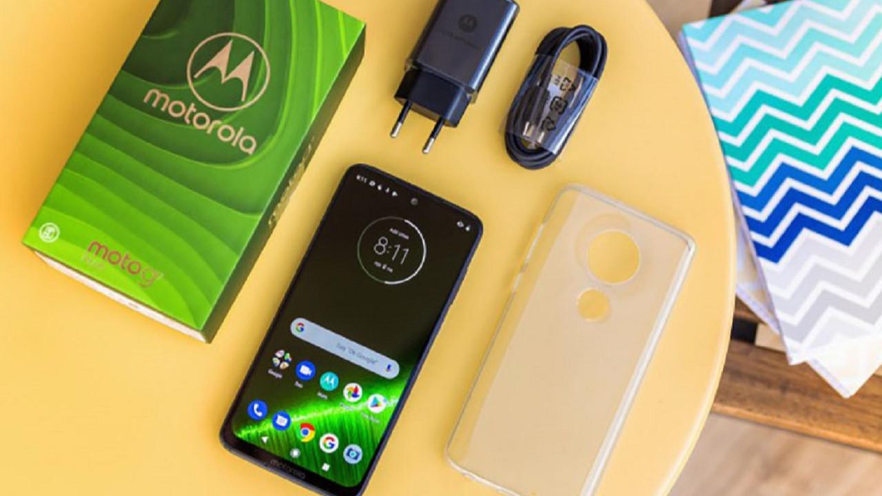 Motorola Moto G7 Play, Android 10 güncellemesini aldı!