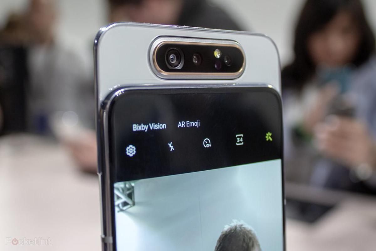 En iyi ön kameralı telefonlar - Temmuz 2020 - Page 1
