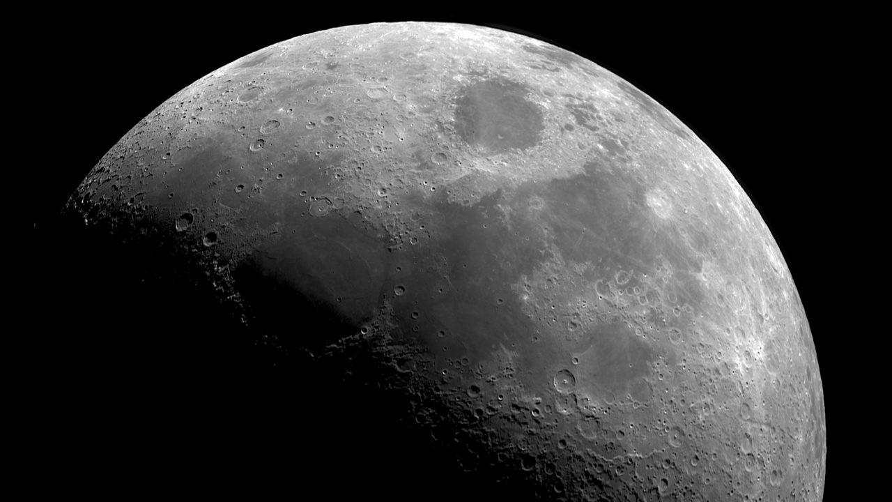 NASA; Ay'dan numune getiren şirketlere ödeme yapacağız!