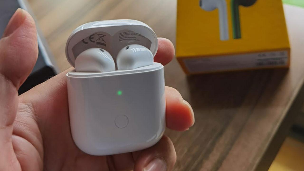 Uygun fiyatlı realme Buds Air Neo kutudan çıkıyor!