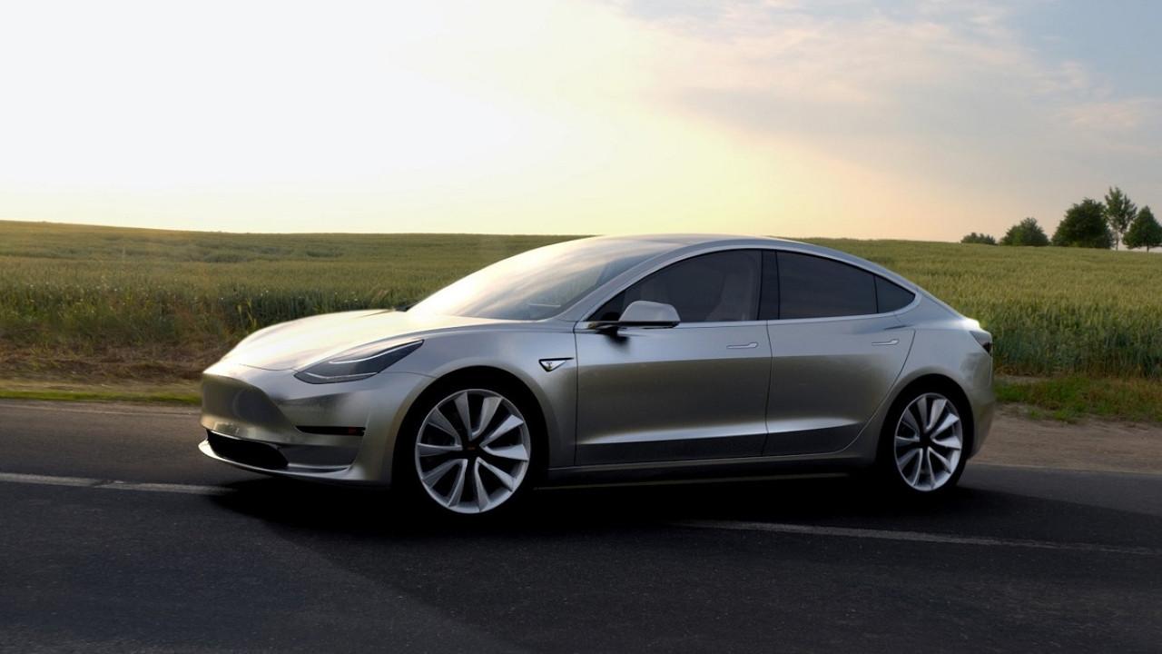 Tesla gözünü kullanıcı verilerine dikti! Sizi adım adım izleyecek!