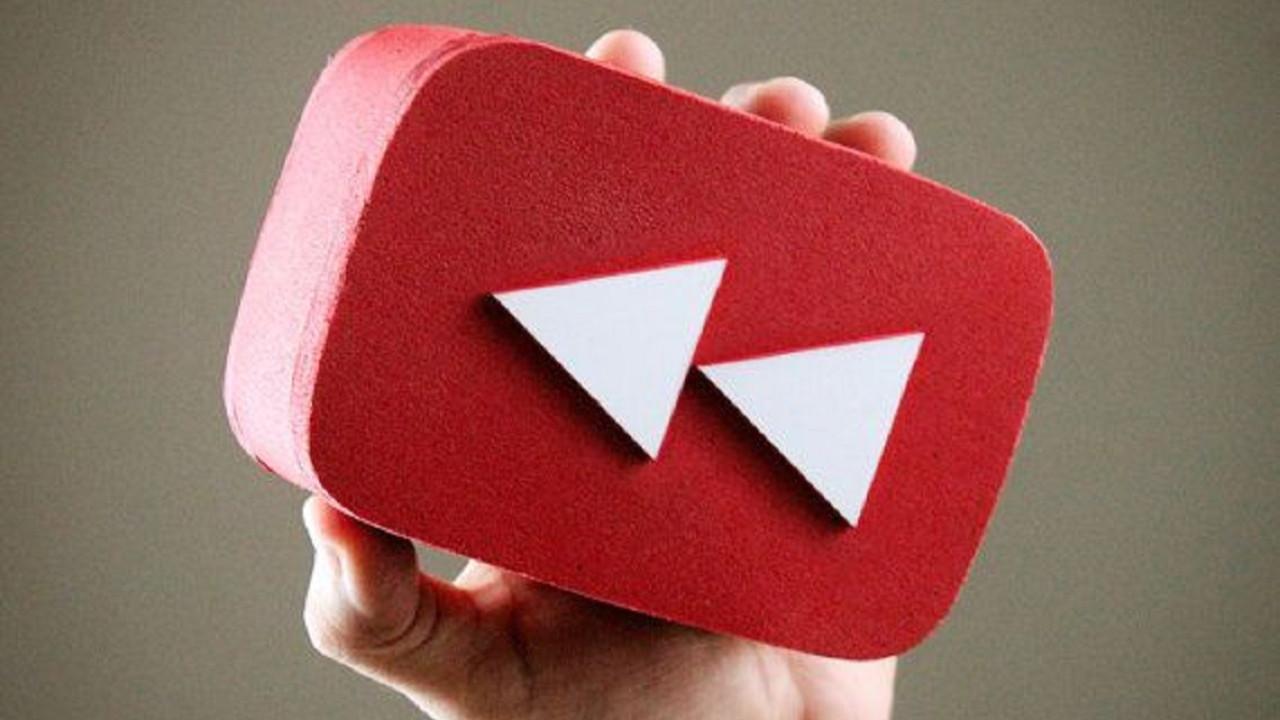 YouTube 10 yıllık geleneğe son verdi!