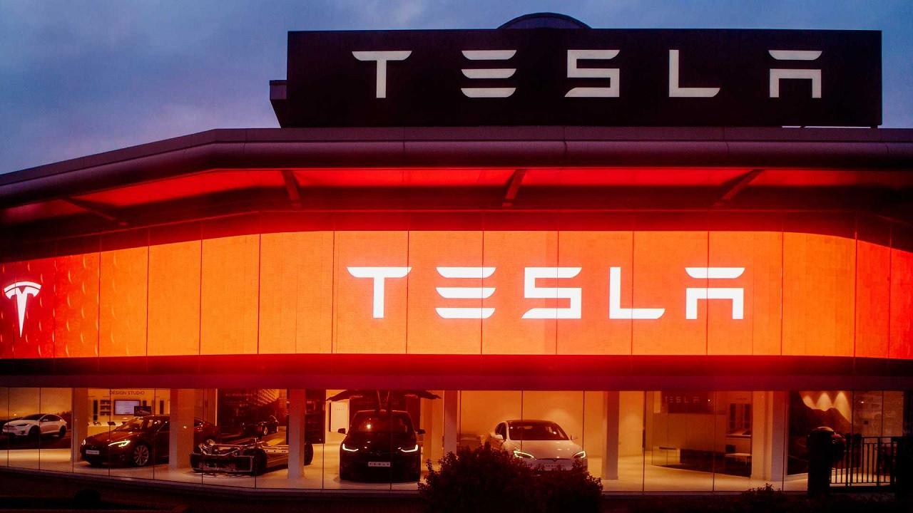 Tesla hisseleri uçtu Elon Musk servetine servet kattı!