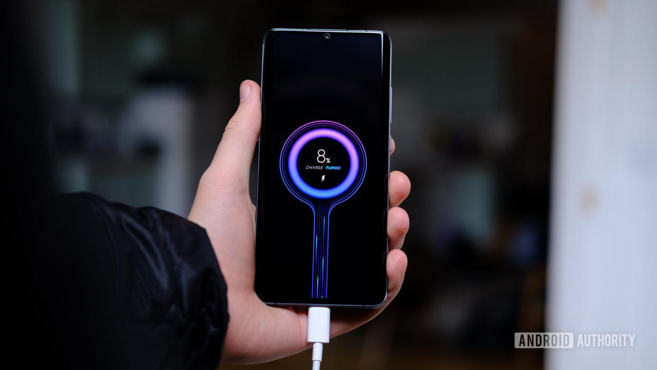 Xiaomi yeni hızlı şarj teknolojisi ile gündemde