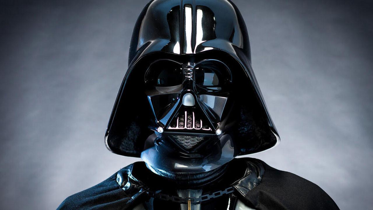Star Wars öksüz kaldı: Darth Vader öldü