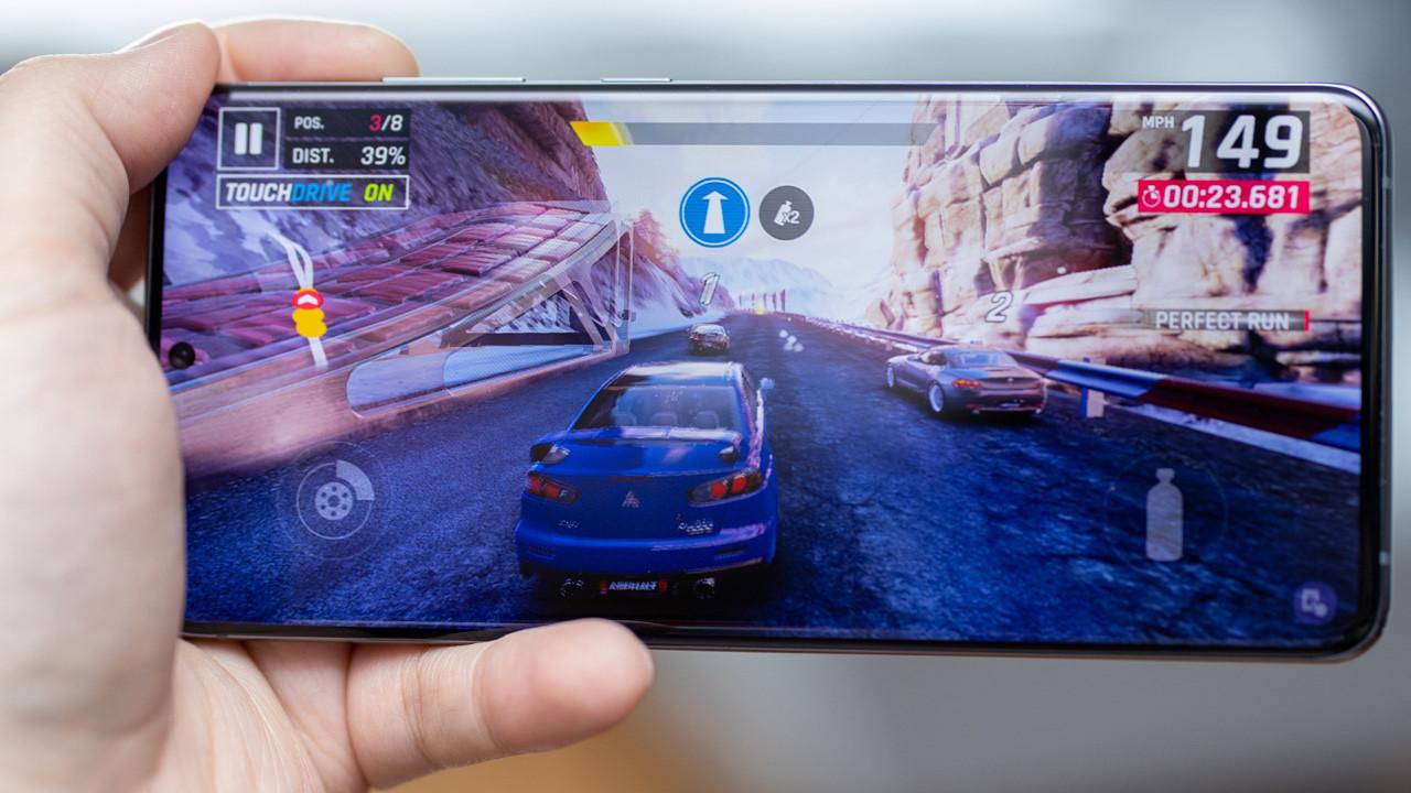 Galaxy S20 ve Note 20 için grafik birimi güncellemesi çıktı