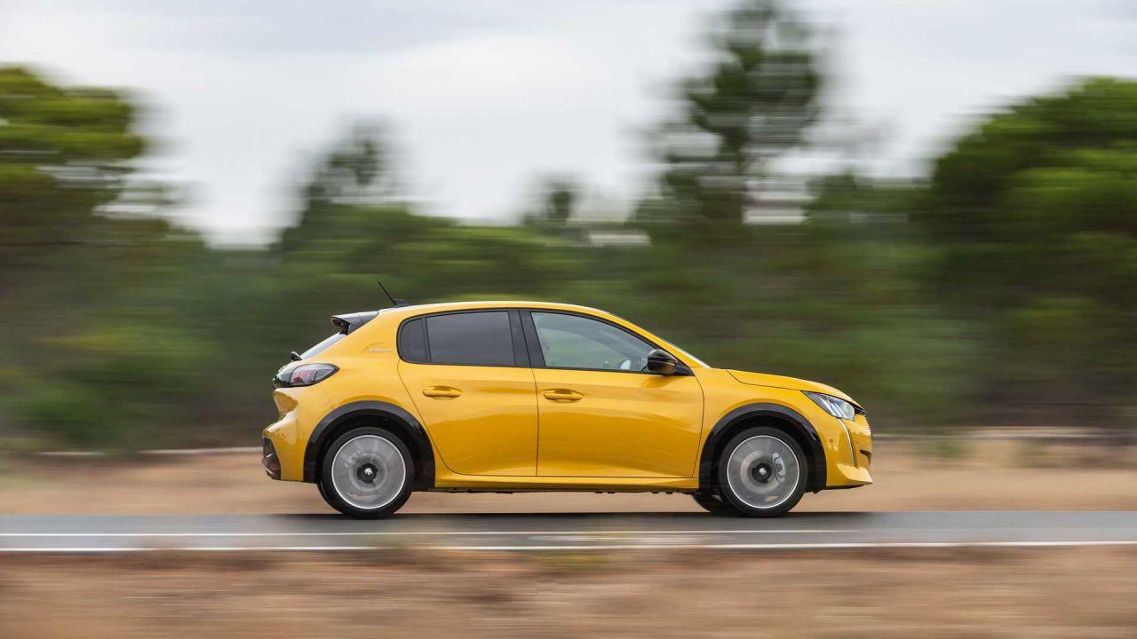 2021 Peugeot 208 fiyatı resmileşti! Peki, fiyatlar uygun mu? - Page 1