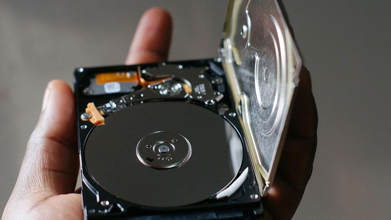 Bilgilerimizi yedeklerken SSD mi yoksa HDD mi kullanalım!