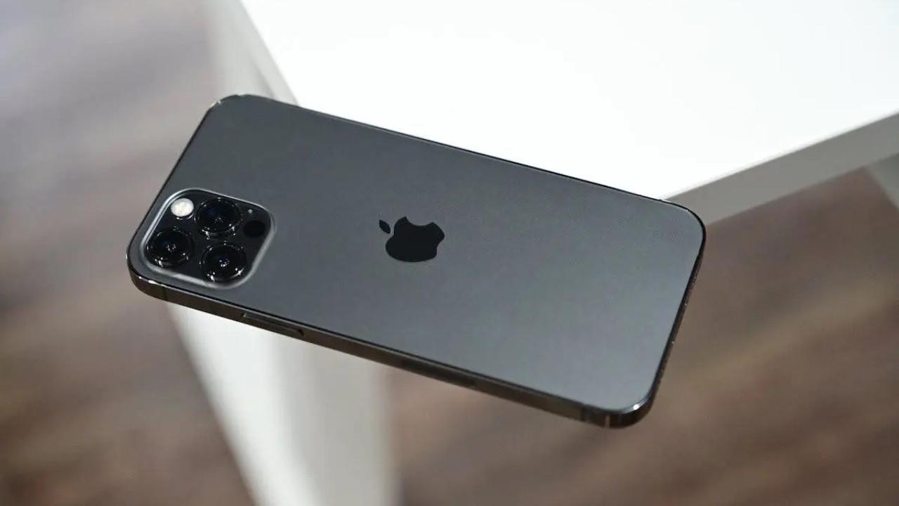 1 TB iPhone 13 isteyenlere müjde! Ama fiyatı sizi üzebilir!