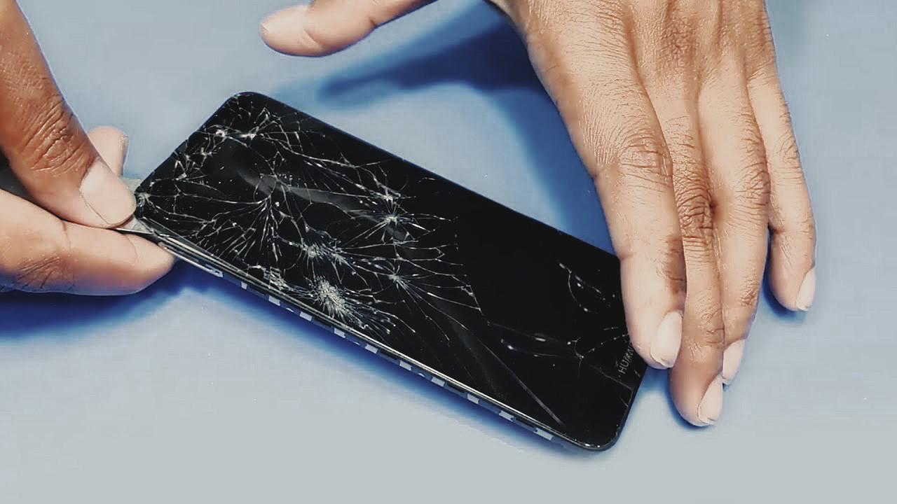 Huawei telefon ekranı tamirinde büyük indirim!